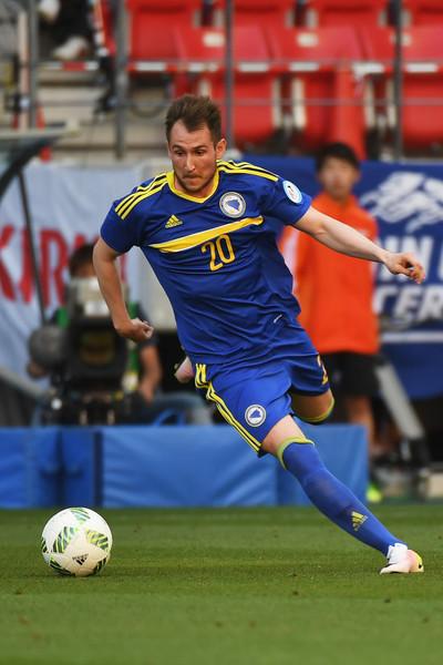 Изет Хајровиќ